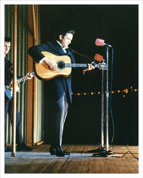 1968 Johnny Cash On Stage 8x10 Photo