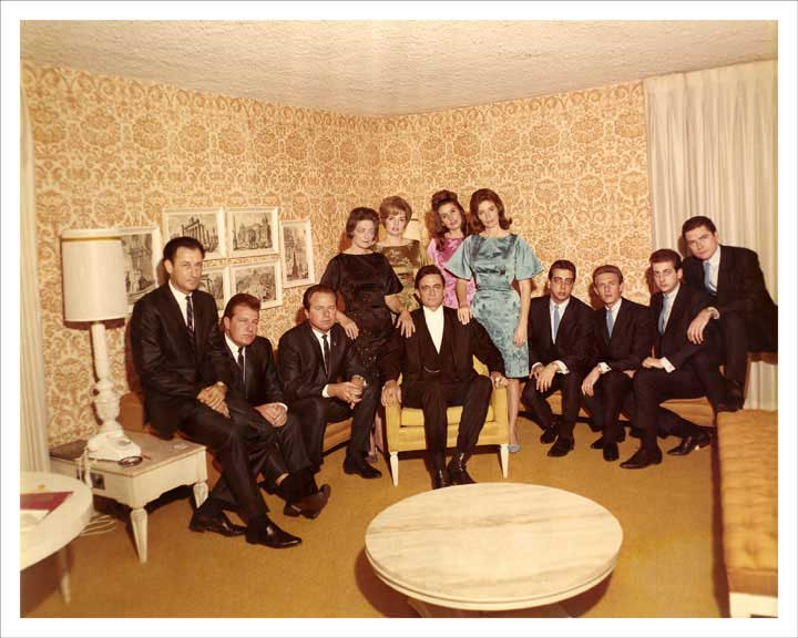 1967 Johnny Cash Show Troupe 8x10 Photo